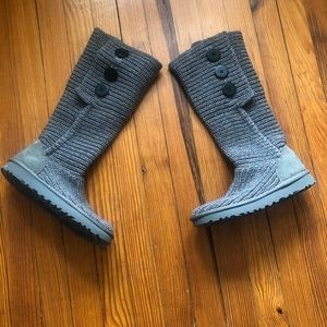 UGG Classic Cardy Gray Sweater Boots Size 6